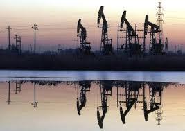 САЩ ще задминат Русия и Саудитска Арабия по добив на петрол през 2015 г.