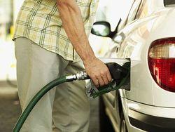 Драстично поскъпване на бензина в Иран: от 12 на 22 цента