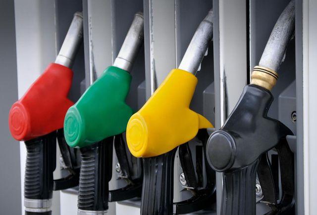 Заради спада в цените на петрола в САЩ продължава да  поевтинява бензинът