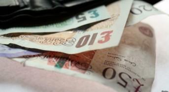 Във Великобритания  увеличиха минималната работна заплата