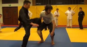 Невeроятно бърз каратист – скоростта на движенията му е фантастична (видео)