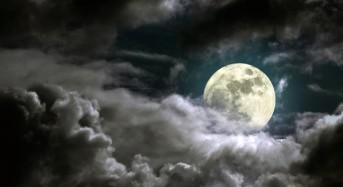Бъдете особено внимателни! Пълнолунието на Черната Луна в Стрелец започна днес!