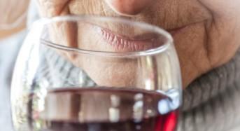 Умереният алкохолизъм намалява риска от болестта на Алцхаймер