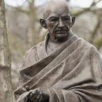 Социалните грехове според Махатма Ганди