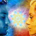 Съществуват магически Невидими нишки, които свързват хората един с друг...
